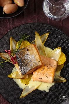 saibling-mit-orangenbutter-und-chicoree/ - The world's most private search engine Seafood Diet, Seafood Appetizers, Fish And Seafood, Fish Recipes, Soup Recipes, Cooking Recipes, Food F, Food Porn, Asparagus Recipe Stove