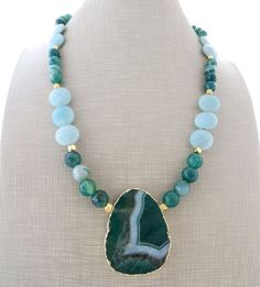 Agate pendant necklace, green agate necklace, chunky necklace, sky blue amazonite necklace, beaded necklace, gemstone jewelry, gioielli by Sofiasbijoux on Etsy
