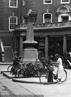 Sussex Street, Cambridge, Bicycle 1938 taken by photographer Vintage Photographs, Vintage Photos, Honeymoon Night, Cambridge Uk, Lancaster, Past, Nostalgia, England, Street