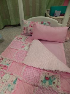Doll Bed Rag Quilt ~~♥~~ I like this for Bellas bed I have to incorporate Hello Kitty also have to do one for Nico with a theme he likes....