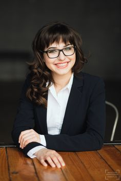 лучший женский бизнес портрет в фотостудии