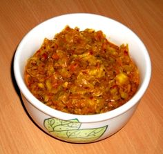 Varza gustoasa A-la-Hindi Indian Food Recipes, New Recipes, Ethnic Recipes, Indiana, Chapati, Vegetable Recipes, Cabbage, Good Food, Food And Drink