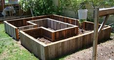 Sweet layout for raised bed and #raisedbedslayout