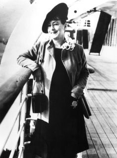 Dorothy Parker, History, Fictional Characters, Historia, Fantasy Characters