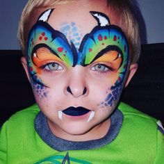 Dragon - love the nostrils Monster Face Painting, Dragon Face Painting, Face Painting For Boys, Face Painting Designs, Body Painting, Boy Halloween Makeup, Dragon Halloween, Dragon Makeup, Cool Face Paint
