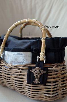 2/1 私の部屋 丸の内店でのイベントは今日からです。どうぞよろしくお願いいたします。かごバッグ 黒オーバル 新しいデザインとして持ち手にバンブーを使用し...