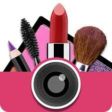 it would be awsome if you had a camara as a make up bag too !