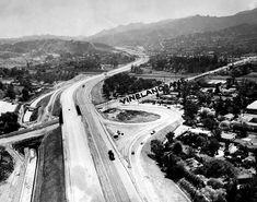 Hollywood Freeway under construction southbound at Vineland, 1957.