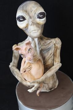 My Alien for Bakerswood ,hope you like it! Disney Cakes, Awesome Cakes, Sugar Art, Daily Inspiration, Oeuvre D'art, Aliens, Dark Side, Les Oeuvres, Skulls