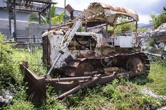 Picture of vintage old rusty bulldozer stock photo, images and stock photography. Abandoned Cars, Abandoned Places, Abandoned Vehicles, Allis Chalmers Tractors, Crawler Tractor, Motor Grader, Old Tractors, Avengers Wallpaper, The Old Days
