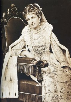 Princess Margherita of Savoy. Vintage Photos Women, Photos Of Women, Margarita, Kingdom Of Italy, Old Picture Frames, Royal Jewelry, Gothic Jewelry, Theatre Costumes, Tiaras And Crowns