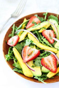 Mango, Strawberry, and Avocado Arugula Salad Recipe on twopeasandtheirpo. Love this beautiful and healthy salad! I Love Food, Good Food, Yummy Food, Tasty, Vegetarian Recipes, Cooking Recipes, Healthy Recipes, Healthy Salads, Healthy Eating