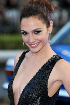 Gal Gadot Photos Photos - Actress Gal Gadot attends the World Premiere of 'Fast & Furious 6' at Empire Leicester Square on May 7, 2013 in London, England. - 'Fast & Furious 6' Premieres in London 6