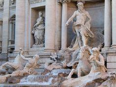Fotografía: Isabel Cisneros - Roma Cinque Terre, Trevi Fountain Rome, Sculpture Art, Sculptures, Places Ive Been, Rome Italy, Statue, Fall, Cisneros