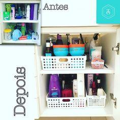 """466 curtidas, 3 comentários - Tudo em Ordem (@tudoemordemja) no Instagram: """"Antes: tudo junto e misturado!!! Depois: produtos categorizados e identificados 📝 #bathroom…"""""""