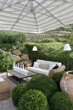 Covered pea gravel patio.