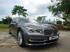 On shoot with the BMW 740Li with Revv Motoring Singapore.#sgcarshoots #sgexotics #speed #sgexotic #sgcaraddicts #singapore #sgcars #sportscars #revvmotoring  #nurburgring #instacar #bmw #carinstagram #hypercars #bmwsingapore #monsterenergy #excitement #epic #carswithoutlimits #fastcars  #drifting #motorsports #love #gopro #monsterenergysg #instagrammers  #supercarlifestyle #speedy