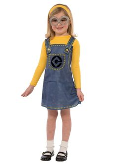 Help Gru steal the moon in our Despicable Me Child Minion Dress Costume Accessory Kit! Minion costume essentials include a yellow fabric hat and silver Minion goggles. Girl Minion Costume, Minion Dress Up, Despicable Me Costume, Minion Costumes, Cute Costumes, Movie Costumes, Girl Costumes, Adult Costumes, Dance Costumes
