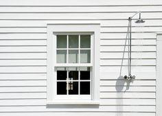 Source: Bathing en Plein Air: 29 Outdoor Summer Showers