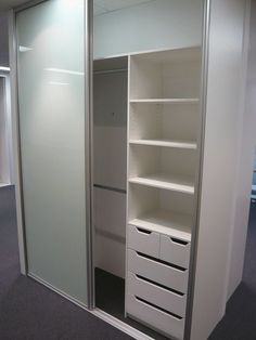 schrank in nische dachausbau pinterest schrank nische und garderobe. Black Bedroom Furniture Sets. Home Design Ideas