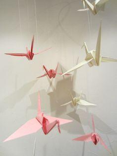 diy origami kraniche anleitung mobile wohnungsdekoration i papetiere. Black Bedroom Furniture Sets. Home Design Ideas