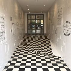 Optical Illusion Makes It Look Like Floor is Sinking So People Stop Running in Hallway
