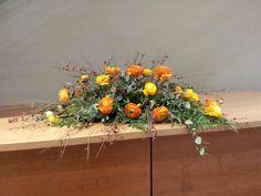 Floral Wreath, Wreaths, Table Decorations, Plants, Furniture, Home Decor, Floral Crown, Decoration Home, Door Wreaths