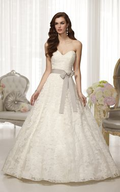 Corded Alencon lace over Regency Organza A-line wedding gown with sweetheart neckline from Essense of Australia (Style D1520)