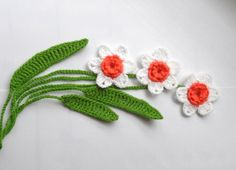 Crochet Applique Daffodil Flowers and Leaves Set by CraftsbySigita,