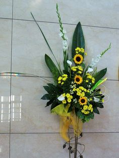 Visit the post for more. Easter Flower Arrangements, Easter Flowers, Floral Arrangements, Church Flowers, Funeral Flowers, Church Design, Roman Catholic, Ikebana, Decoration