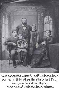 G. A. Serlachius perheineen. Vasemmalta Axel Ernst, Sissi, Gustaf Adolf, Thyra ja Alice Serlachius.