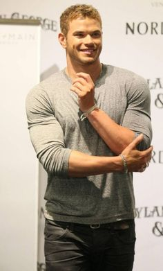 Kellan Lutz as Dean Heyward-di Laurentis                                                                                                                                                                                 More