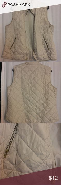 Old Navy Quilted Vest - lightweight! Cream/gold Great layering piece for fall/winter! Cream vest with quilted/puffer style, but it's not too puffy! No marshmellows! All zippers in great shape, a little dingy under the arms from layering over a navy sweater. Old Navy Jackets & Coats Vests
