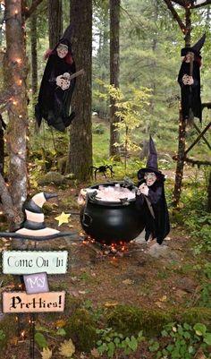 Halloween Yard Art, Halloween Witch Decorations, Halloween Artwork, Spooky Decor, Outdoor Halloween, Halloween Projects, Halloween House, Holidays Halloween, Spooky Halloween