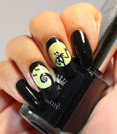 The Mani Café: Halloween Nail Art - The Nightmare Before Christmas #Hair-Beauty