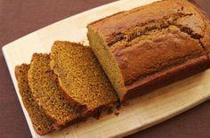 Pain d'épices Léger au Thermomix,un savoureux gâteau au miel, parfumé à la cannelle, le clou de girofle et le gingembre, facile et simple à faire.
