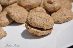 Alcazale | Retete culinare cu Laura Sava - Cele mai bune retete pentru intreaga familie Mai, Cookies, Desserts, Food, Projects, Crack Crackers, Postres, Blue Prints, Biscuits