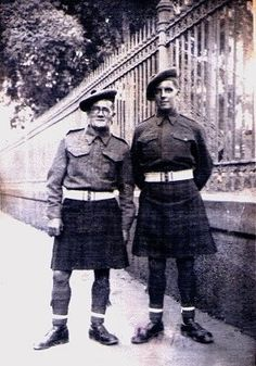 Private soldiers in the Argyll & Sutherland Highlanders
