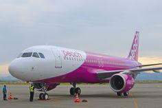 Peach Aviation Peach Aviation, Commercial Aircraft, Osaka, Airplane, Planes, Air Force, Japan, Travel, Nice Asses