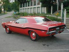 1970 Dodge Challenger  HEMI R/T 4 Speed