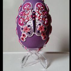 """Oeuf d'oie """"Papillon pastel"""" (avec support) : Accessoires de maison par elena-moeri-creatrice-de-bijoux-et-objets-decoratifs"""