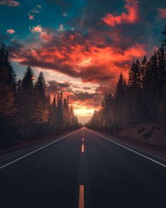 Dreamlike and Moody Landscape Photography by Zach Doehler Stunning moody landsca. , photography landscape Dreamlike and Moody Landscape Photography by Zach Doehler Stunning moody landsca. Landscape Photography Tips, Amazing Photography, Nature Photography, Photography Ideas, Travel Photography, Photography Aesthetic, Digital Photography, Photography Classes, Photography Business