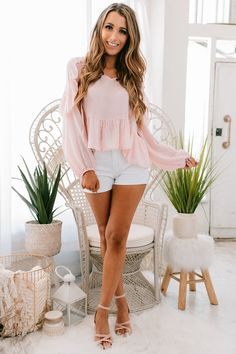 Pink Top Outfit, Blush Pink Outfit, Pink Dress Casual, Dusty Pink Outfits, Dusty Pink Bridesmaid Dresses, Rush Outfits, Girly Outfits, Trendy Outfits, Summer Outfits