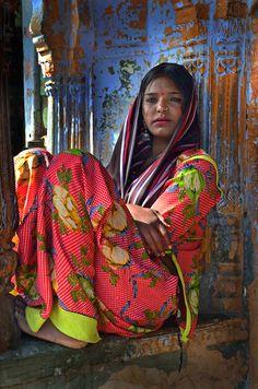 Woman, India ♥♥»✿❤❤✿«☆ ☆ ◦●◦ ჱ ܓ ჱ ᴀ ρᴇᴀcᴇғυʟ ρᴀʀᴀᴅısᴇ ჱ ܓ ჱ ✿⊱╮ ♡ ❊ ** Buona giornata ** ❊ ~ ❤✿❤ ♫ ♥ X ღɱɧღ ❤ ~ Th 05th Mar 2015