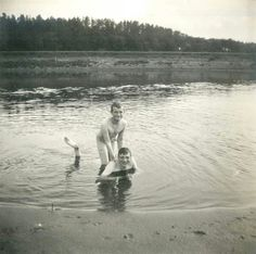 Tsarevich Alexei Nikolaevich Romanov of Russia with Prince Igor Konstantinovich Romanov of Russia at the Dneiper in 1916.For their manhood,Russians consider it a norm to swim in the nude in all sorts of weather.A♥W