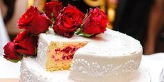 Toma estos consejos para preparar tu fiesta quinceañera en invierno, empezando por unos ricos pasteles