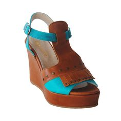 Zapatos Lily, Lucy in the Sky, $62.900. Lily, Wedges, Shoes, Fashion, Shoes Outlet, Fashion Styles, Lilies, Shoe, Footwear