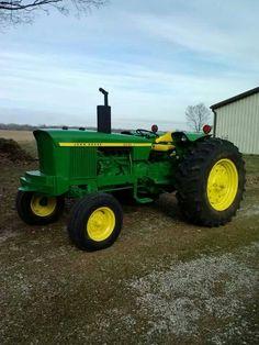 John Deere 2030 Just like Grandpa Schmitz's  How I learned to drive tractor