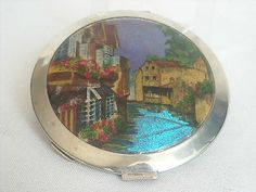 ART DECO BUTTERFLY WING PICTURE POWDER COMPACT CIRCA 1920 | eBay