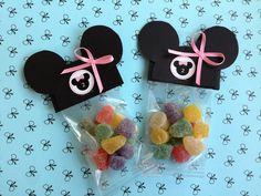 Minnie favor bag. (Use polka dot bag instead of the clear one)